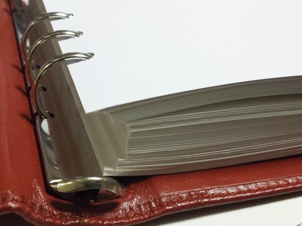 システム手帳 リフィール 厚み
