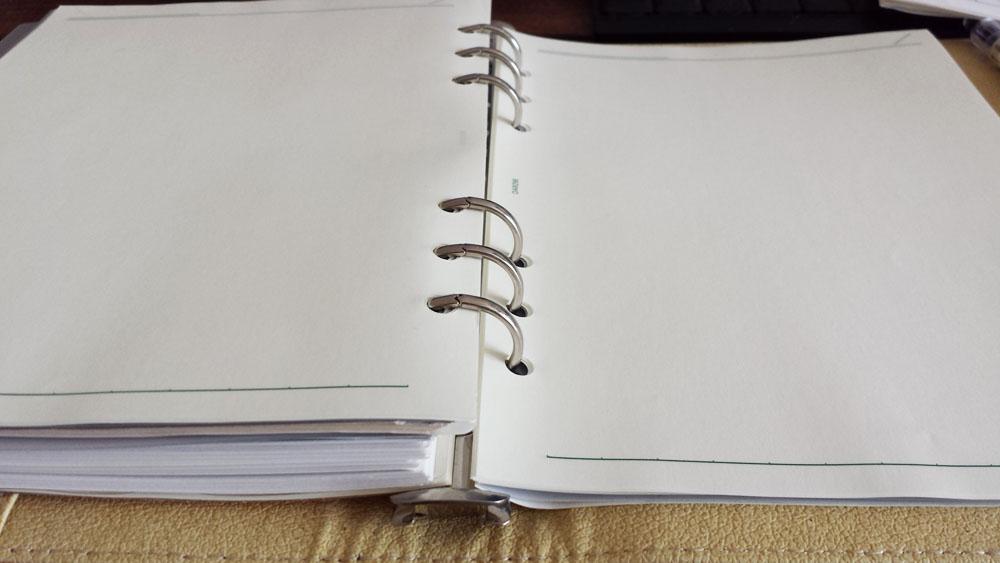 使いやすい大きさはA5サイズがおすすめ 右ページの書きやすさ