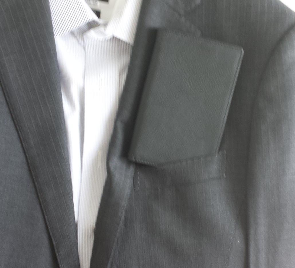 スーツポケット